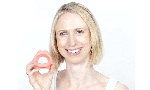 Чи можуть японські пластикові губи позбавити від зморшок?