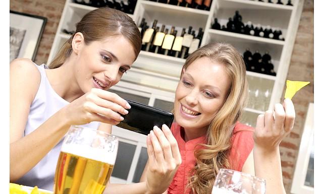 Чоловікам подобаються жінки з пивом