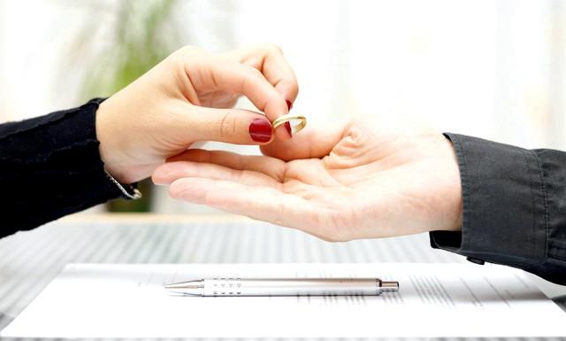 Розлучення через 10 років шлюбу. як пережити розставання?