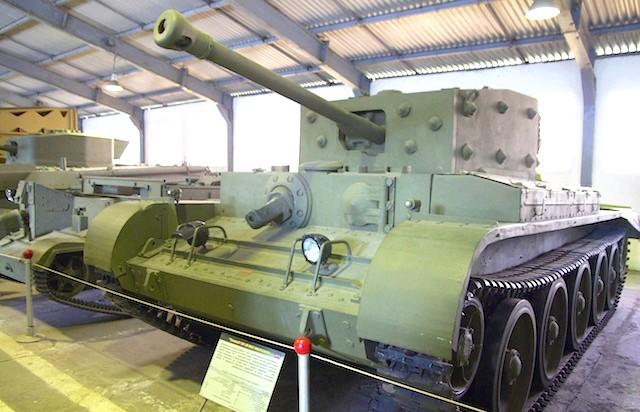 Танковий музей в Кубинці. Їхні .: Ще віагри дайте! Заклепки вражають, так.
