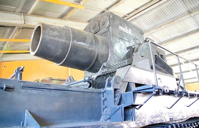 Танковий музей в Кубинці. Їхні .: Евочка! Матусі !!!
