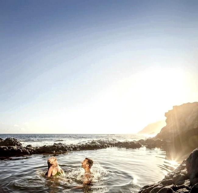 Теплий Новий рік під сонцем Канарських островів: З великої кількості різноманітних туристичних місць ми вибрали кілька найбільш красивих зон, в яких туристи можуть зустріти Новий рік у