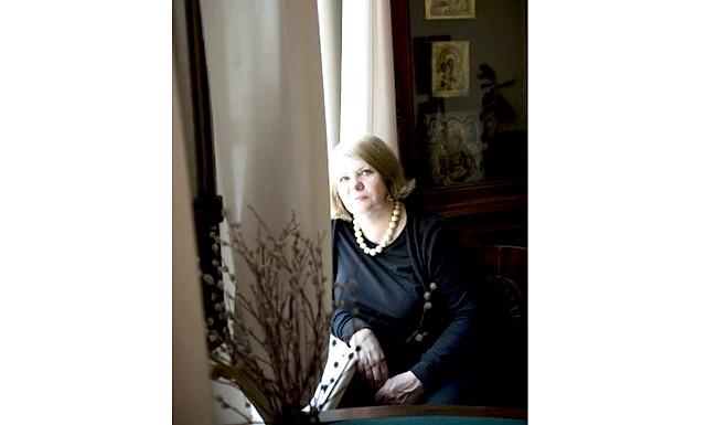 Творчий вечір Наталії Громової: 5 серпня в Інтелектуальному клубі «Майстерня діалогу» відбудеться творчий вечір історика літератури, письменника Наталії Громової. Тема бесіди про літературний побут