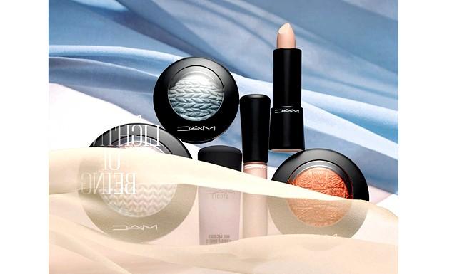 10 beauty-новинок січня: Лімітована колекція MAC Lightness of BeingОсвободітесь від темних тонів і відкрийте для себе поетичні кольору засніженій