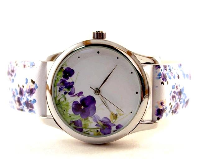 Годинники, які радують: Годинники з яскравим квітковим принтом. <a href=
