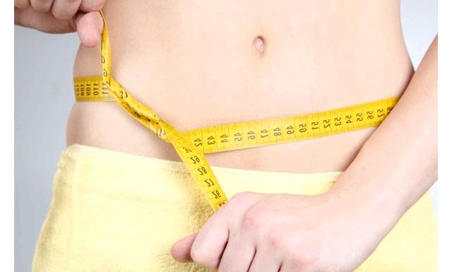 Чим харчуватися, щоб спалити жир на животі