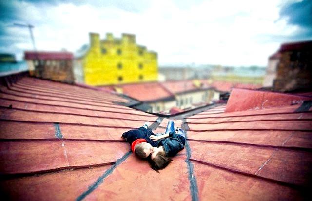 Фотографії, на які неможливо дивитися байдуже:. На даху. Фотограф - Юлія Курбатова.
