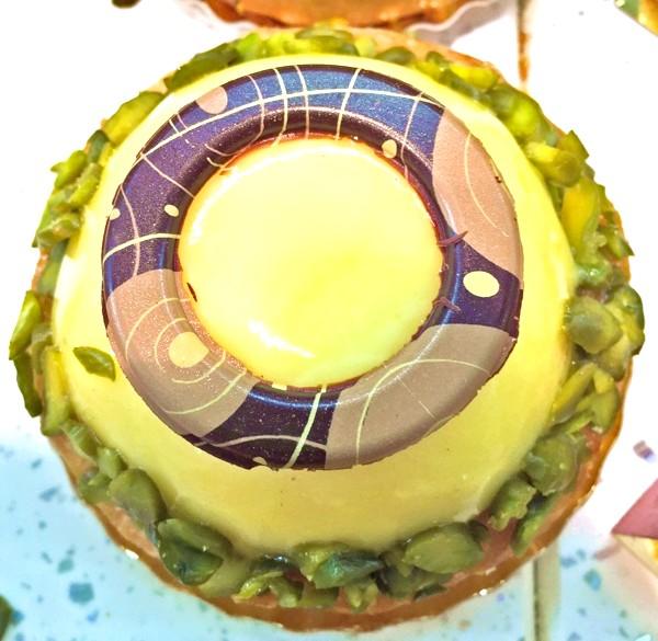 Хрускіт французької булки 3: Бажання це обґрунтовано і мотивовано. Подивіться, наприклад, на цей тарт сітрон.Так і кричить всім своїм