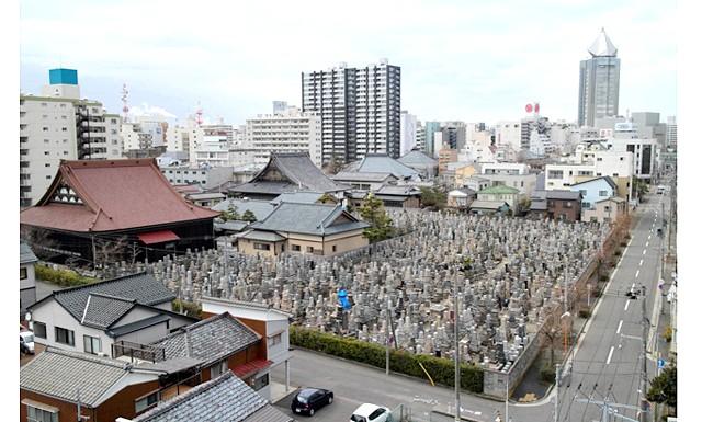 Японське кладовище - фотографії