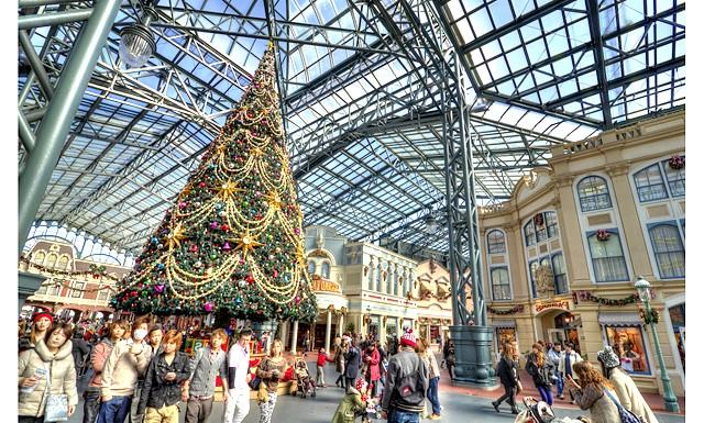 Японське різдво - прикраса вулиць