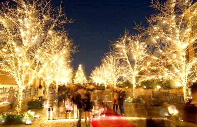 Японське Різдво - прикраса вулиць: