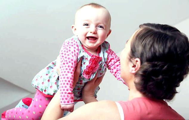 Мій ще не народжений малюк врятував мені життя: У Джейн і її 30-ти річного чоловіка Стівена на той момент вже була дев'ятимісячна дочка Ніамей. Будучи вагітною з восьми