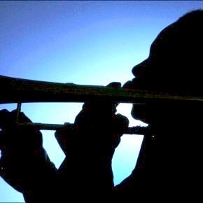 силует тромбоніста