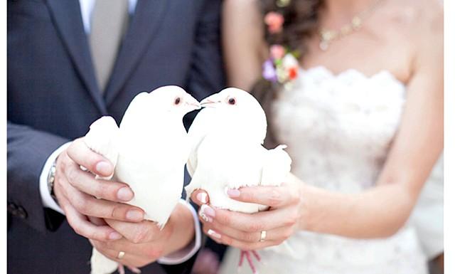 Низькорослі чоловіки краще підходять для шлюбу