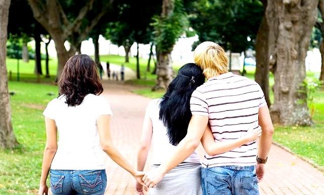 Стосунки з одруженим чоловіком: плюси і мінуси