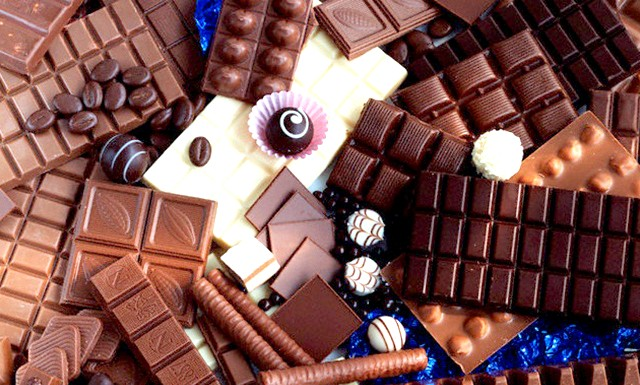 Шоколад не буде більше доступним ласощами: Проблема в какао як сільгоспкультур. Площі, зайняті під його вирощування в Африці, стрімко скорочуються. На старих плантаціях грунт вражена ерозією.