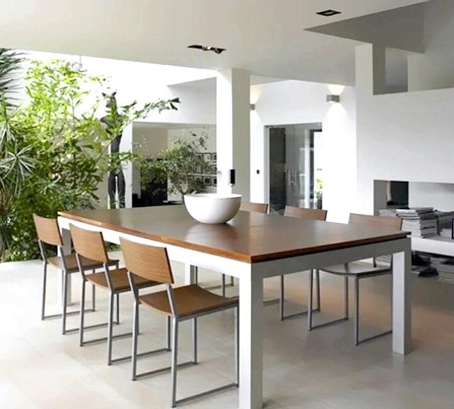 Розумний дизайн для маленької квартири: Обідній стіл, який легко стає більярдним.